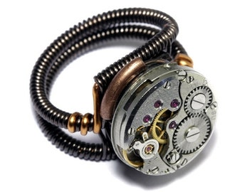 CYBER WEEK SALE - Steampunk Ring -  Antique Vintage Watch Movement