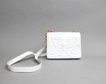 Vintage Quilted Leather Purse | White Lambskin Shoulder Bag | 1980s Chain Link Strap Crossbody