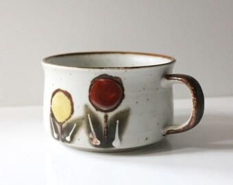 Stoneware soup mug, 1970s flower design.