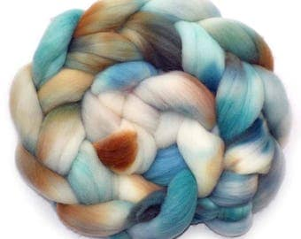 Roving Targhee Handdyed Combed Top - Eggs, 4 oz.