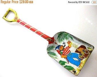 HOLIDAY SALE - Vintage Tin Toy Shovel, Pirate with Treasure, Large Tin Shovel, J Chein Usa