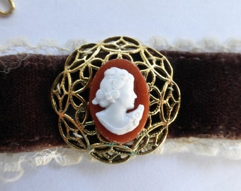 Vintage Victorian Brown Velvet & White Lace Choker Necklace with Round Gold Filigree and Silhouette Cameo in Center