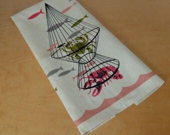 Vintage  Lobster and Crab Linen Tea Towel Unused 1950s