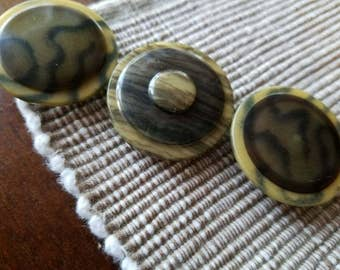 Vintage Buttons -Mid Century Modern matching  light weight animal print celluloid  lot of 3 and old and sweet(mar 19 17)