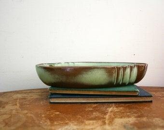 vintage 50s Frankoma 205 Low Oriental Pottery Bowl Prairie Green // Mid Century Pottery