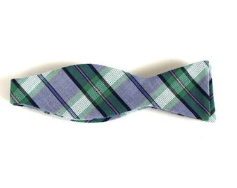 Green Plaid Bow Tie -  Tie It Yourself Bow Tie - Upcycled Bow Tie  - Cotton Bow Ties - Bowties for Men - Men's bow ties - Self Tie Bow Ties