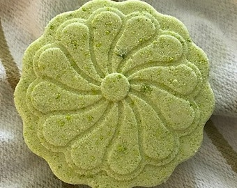 Lime Green Round Scalloped Bath Bombs-Set of 3