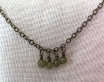 simple chain with tiny dangles - peridot