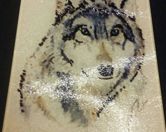 Wolf cutting/cheese board