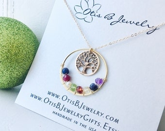 Family tree necklace with birthstones, mothers necklace, grandmother necklace, mothers day gift, mother of the bride, mother of groom gift