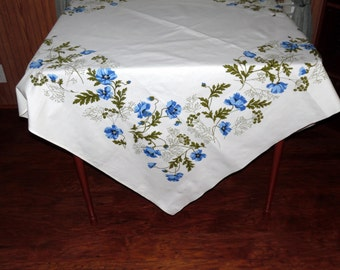 Wilendure Tablecloth Crisp and Clean Colors Blue and White ECS SVFT