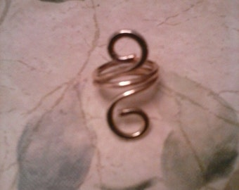 Large Gold Brass Double Swirl Ring Size 6 1/2