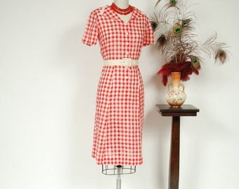 SALE - Vintage 1930s Dress - Charming Red and White Cotton Gingham 30s Day Dress with Lace Trim - Adeline