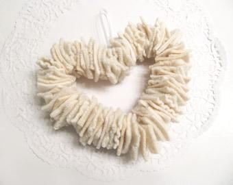 Valentines Day White Heart Wreath Wedding Decoration Nursery Decor Baby's Room Wall Decoration Wool Scrap Ornament 46