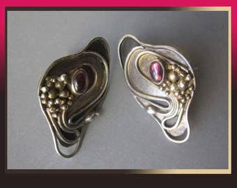 Delicate DELIGHTS-Sterling/Gold Wash Modernist Earrings with Flowing Design and Gemstones,Ruby or Garnet,Baruch K,Vintage Jewelry,Women