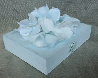 Something Blue Hydrangeas Romantic Wedding Ring Bearers Box Divided his hers Hearts