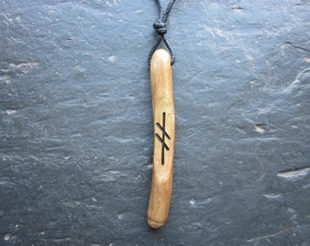 Natural Wood Wand Pendant - English Ivy/Gort - for Binding Magic.
