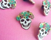 skull pin hard enamel brooch lapel pin for her cute spring springtime flair cinco de mayo pin cloisonné gold metal white skull pink teal