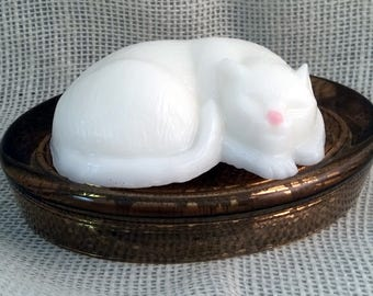 White Cat Handmade Shea Butter Soap - Wild Mint & Moss Scent