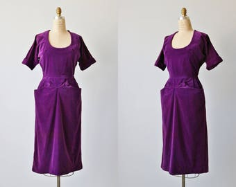 Vintage 1940s Dress / 40s Purple Dress / Velvet / Amethyst