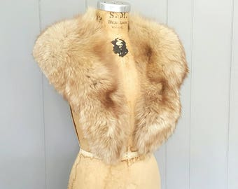 Large SILVER Fox Fur Collar / bridal wedding