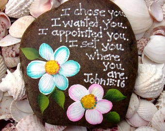 Hand Painted Idaho River Rock-Teal, Turquoise, White, Pink, Yellow-Daisy-Inspirational-Scripture-Bible verse-Acrylic Original-Paper weight