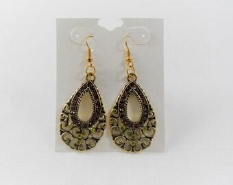 Gorgeous Green & Brown Rhinestones Tear Drop Earrings