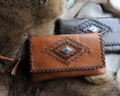 WILD HIDE RANGE Kangaroo Leather Clutch Purse w Hand Laced Design and Features