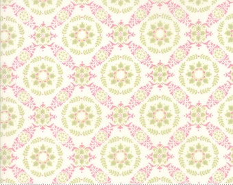Fleurs by Brenda Riddle for Moda Circle Lattice in Peony 1 yd YES!! Shipping is always combined and fabric is cut continuously