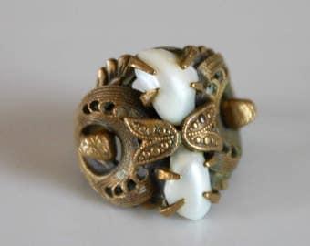 Art Deco brass ring / vintage filigree ring / vintage pearl ring / brass filigree ring with pearls / 1940s pearl ring / size 7