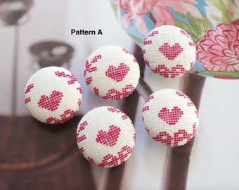 Chic France French Pink Cross Stitch Needle Work Style Heart Floral Wreath-Handmade Fabric Covered Buttons(0.75 Inches, 5PCS)