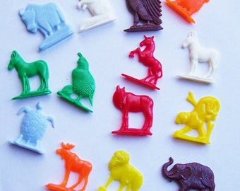 14 Colorful Animal Charms