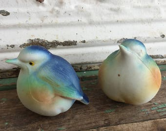 Vintage birds salt and pepper shakers Blue birds Plastic