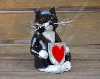 Foppe Buddha Cat - Valentine edition -  stoneware sculpture figurine handpainted 'Foppe's Acre'