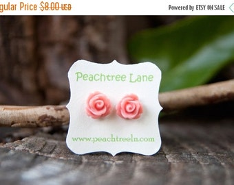 CHRISTMAS SALE Soft Pale Pink Rose Flower Post Earrings // Bridesmaid Gifts // Maid Of Honor Gifts // Bridesmaid Earrings