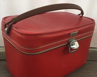 Vintage Amelia Earhart Train Case Suitcase