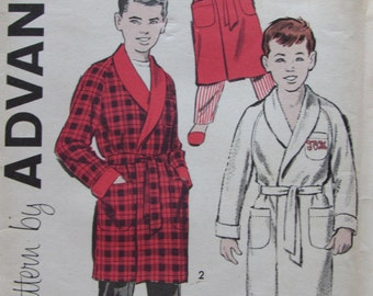 Advance 9214/Uncut Vintage Sewing Pattern/Boys Robe in 2 Lengths/Size 10/1950s