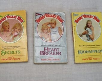 Vintage 3 Sweet Valley High Paperback Books - No. 2 8 13