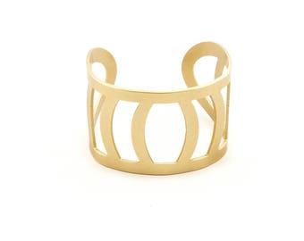 Thick Gold Cuff
