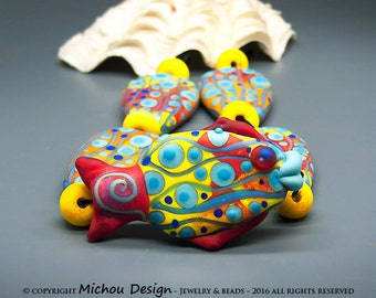 Coral Garden - Art glass lampwork set - 4 focal beads including 1 sculptured fish focal bead & 6 spacer beads