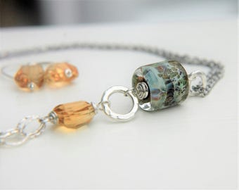 Sparkling Stream Necklace & Earring Set