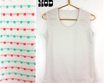 Cute Vintage 70s White, Turquoise, Coral Tweed Style Polyester Knit Sleeveless Top!