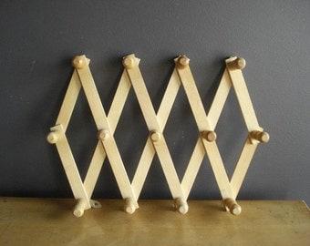 Vintage Accordion Peg Rack - Wooden Mug Rack - Scarf or Coat Rack