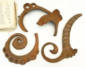 3 Vintage Rusty Cast Iron Ornaments Assemblage Steampunk Craft Supply