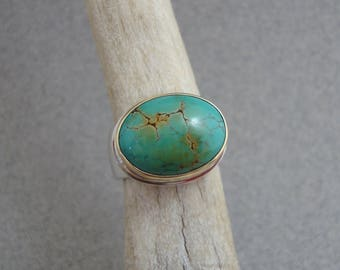 Chinese Turquoise Ring in 18k Gold and Sterling Silver, Blue-Green Turquoise Ring