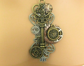 Steampunk Assemblage Necklace, Key Necklace, Statement Necklace, Steampunk Jewelry, Steampunk Women, Costume Jewelry, Steampunk Costume,N865