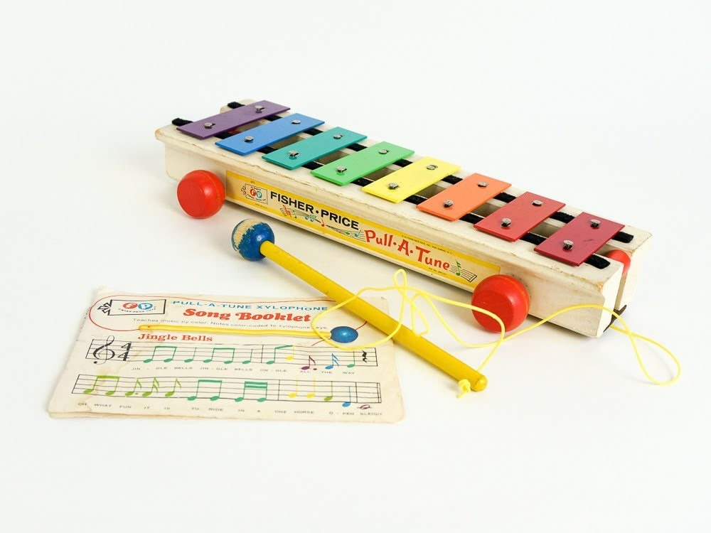 60 S Toys : Vintage s toy fisher price pull a tune xylophone