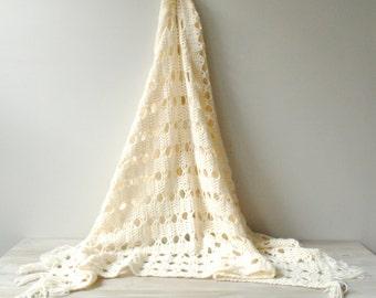 Vintage Crocheted Blanket, Handmade Wool Afghan Blanket, White Blanket