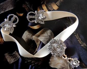 Bridal Vintage Inspired Choker Necklace  Crystal Art Deco style Necklace Rhinestone and Pearls