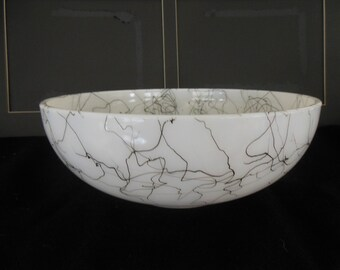 Vintage Hazel Atlas Spaghetti String Bowl / Black on White 10""